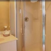 Glen Lyon King Bathroom